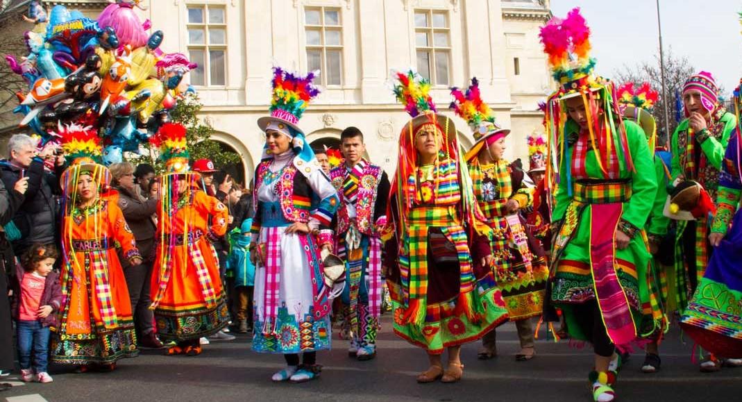Carnaval de paris costumes parisianist frenchly - Carnaval de paris 2017 ...