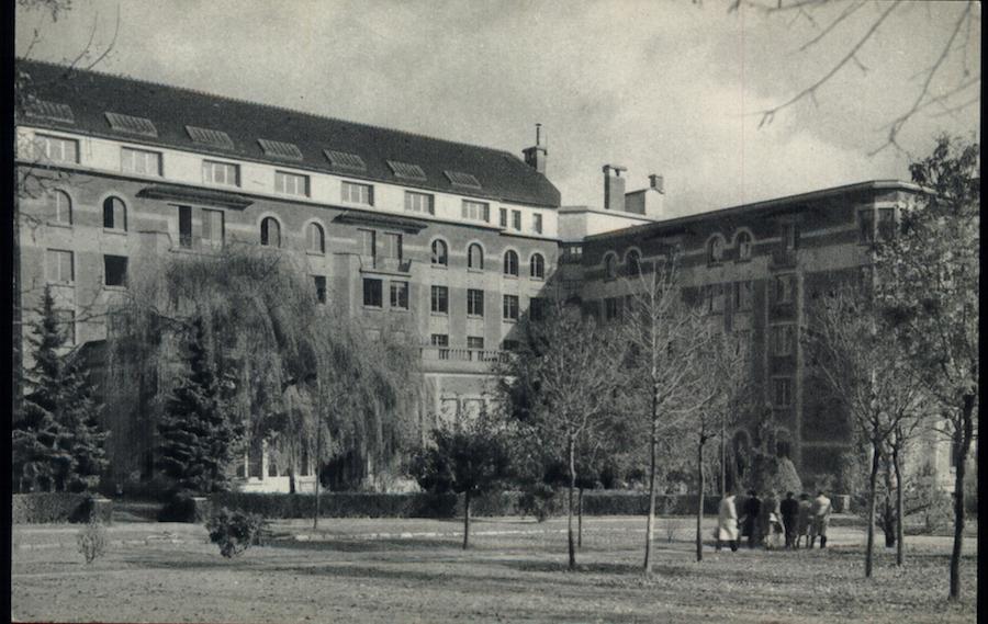 D'yan's dorm at the Cite Universitaire. Image: Fondation des Etats-Unis