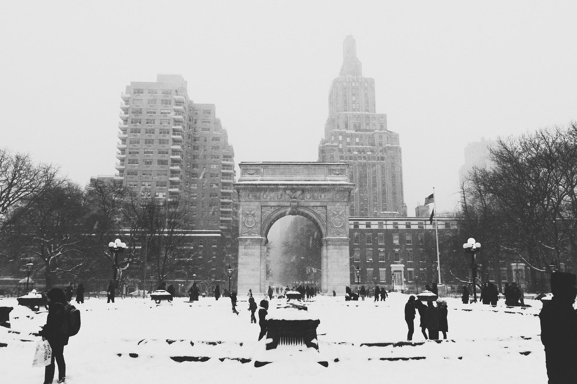 snow-1209872_1920
