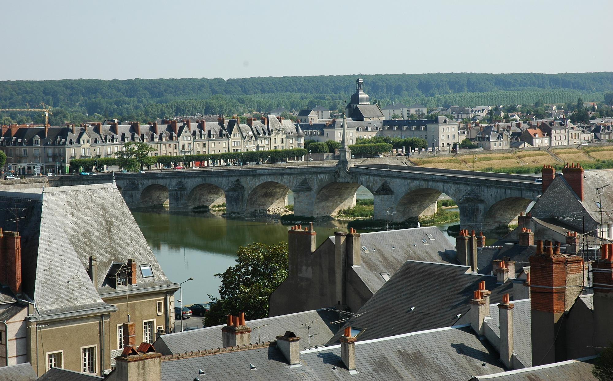 France_Loir-et-Cher_Blois_Pont_Jacques_Ange_Gabriel_01
