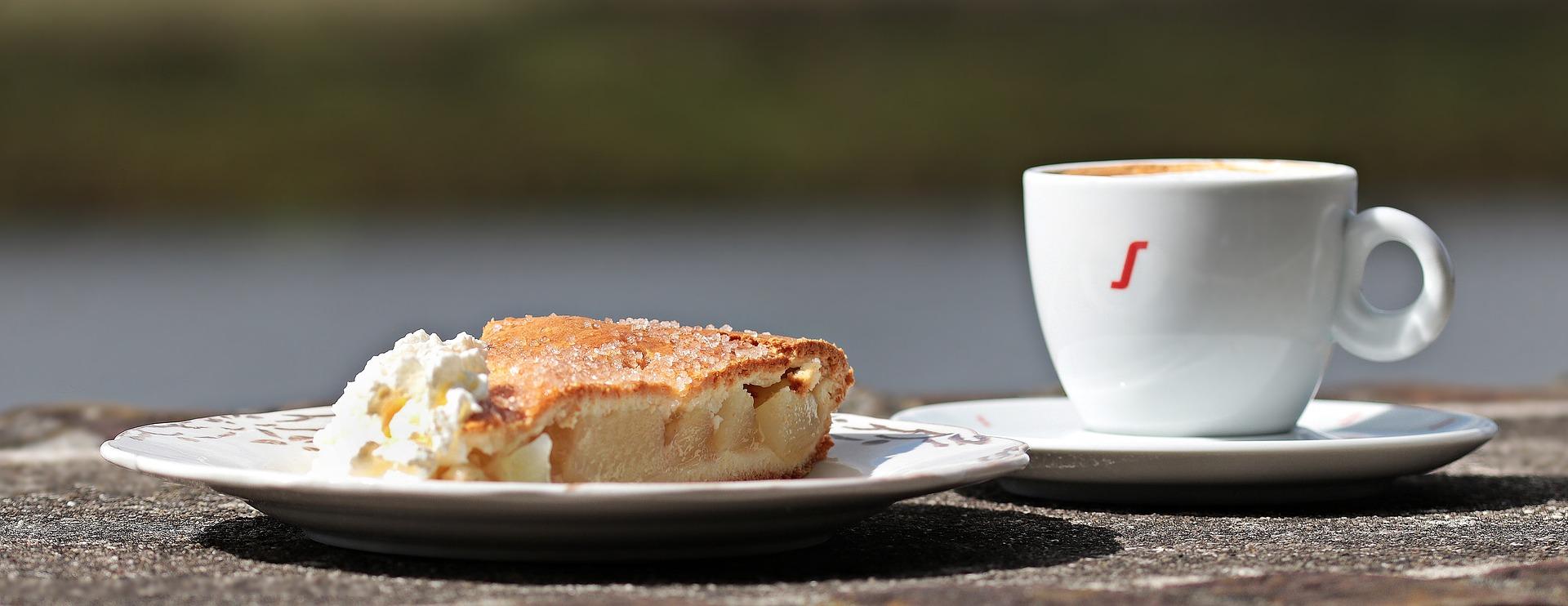 Coffee and cake pixabay