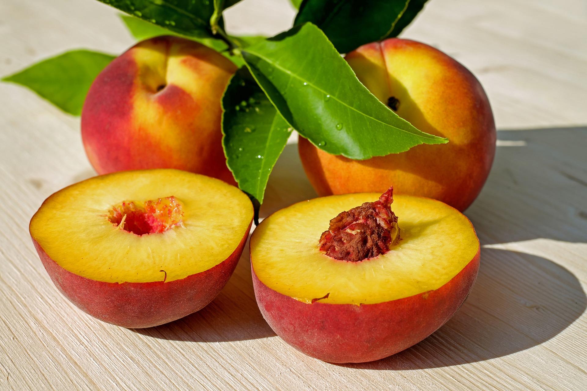 Peach pixabay